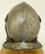 Cuirassiers helm-rear